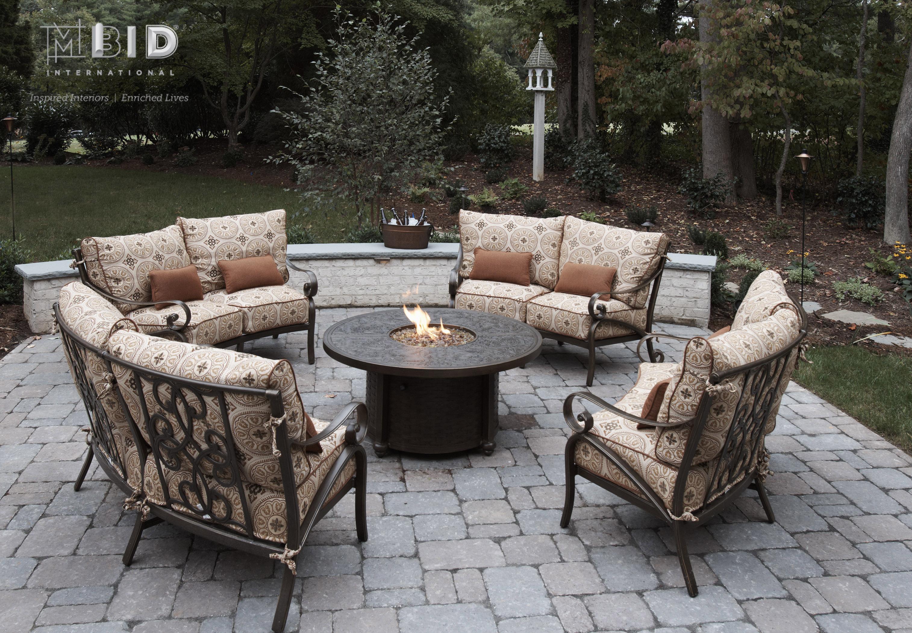 North Carolina Outdoor Patio Fire Pit Design